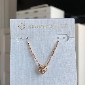 Kendra Scott RUE short necklace NWT